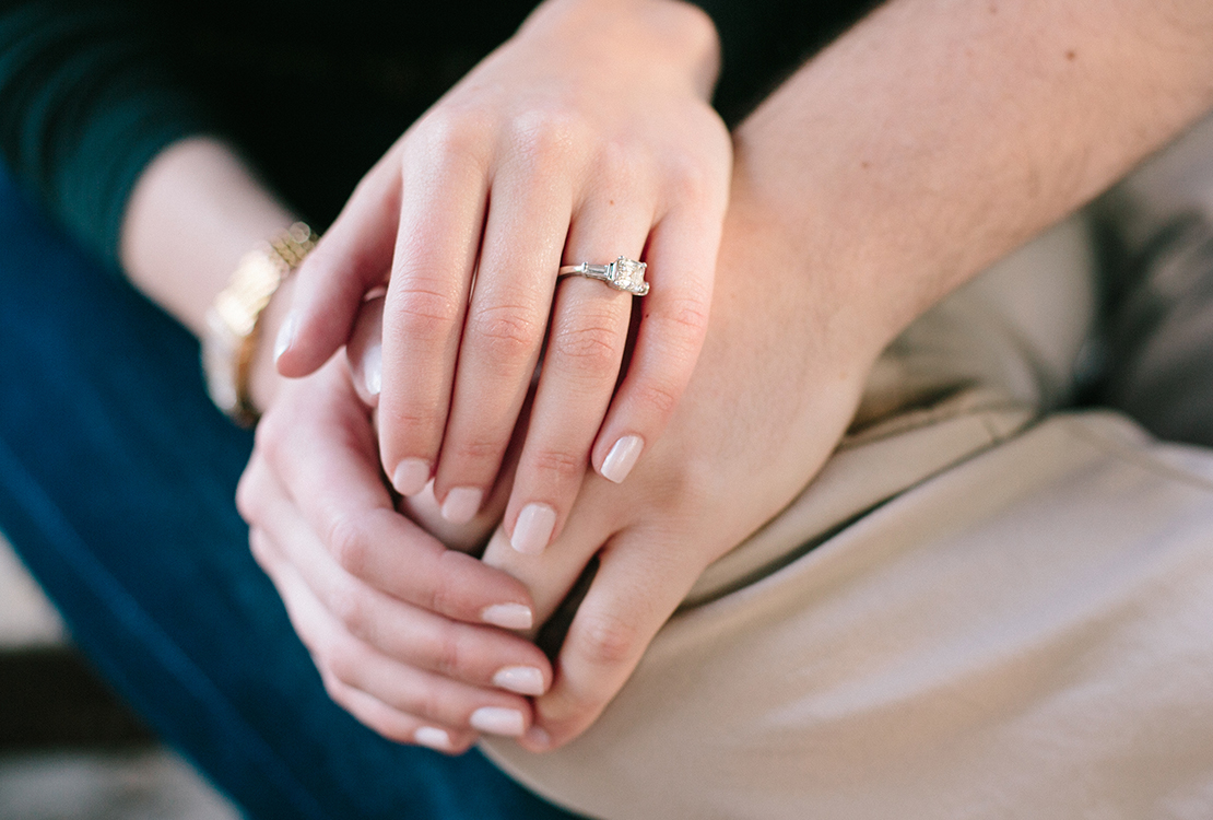 04_engagement_session_ring_NYC-central_park_photography