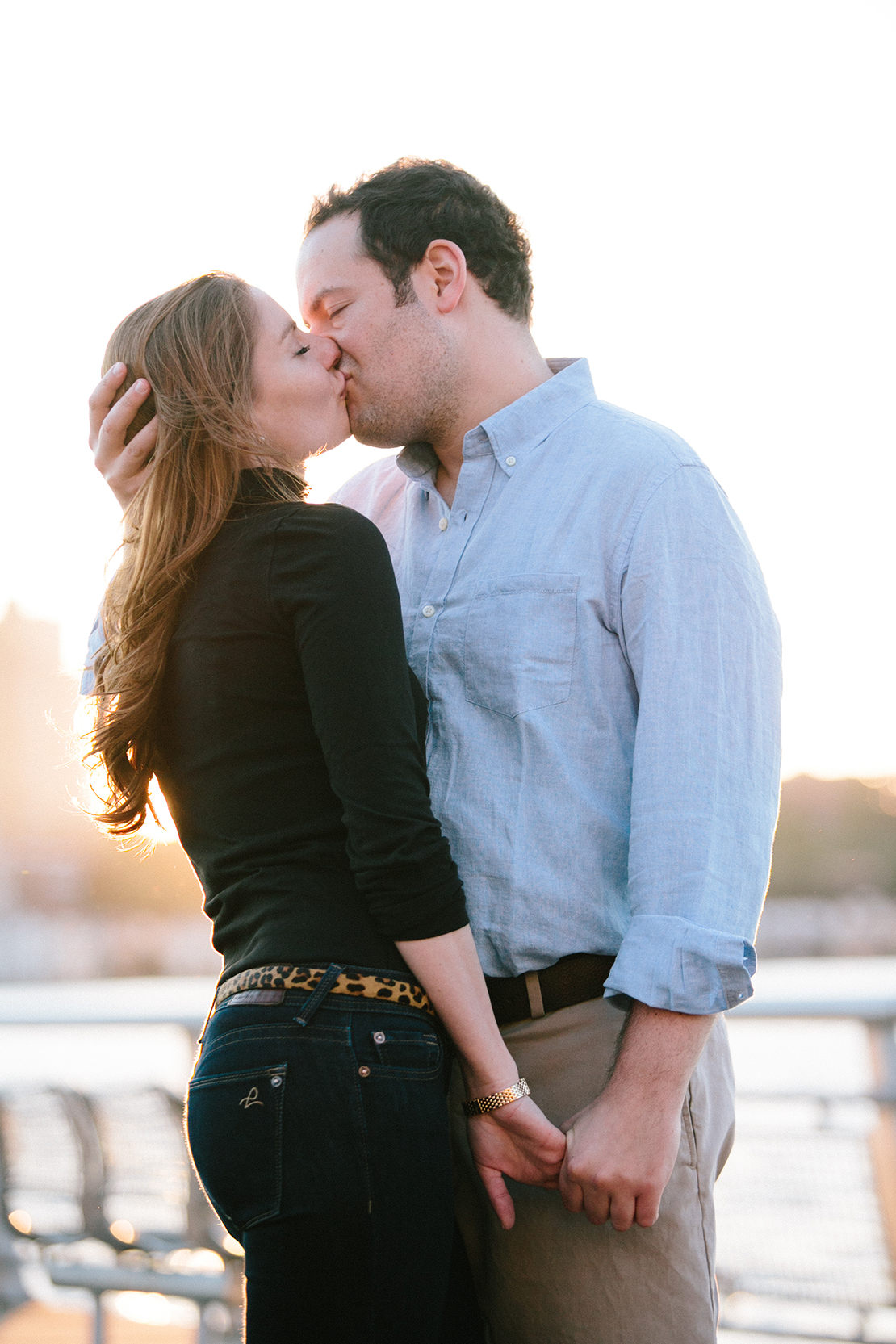 07_New_York_City_engagement_portraits_upper_west_side_pier_photography_KISS