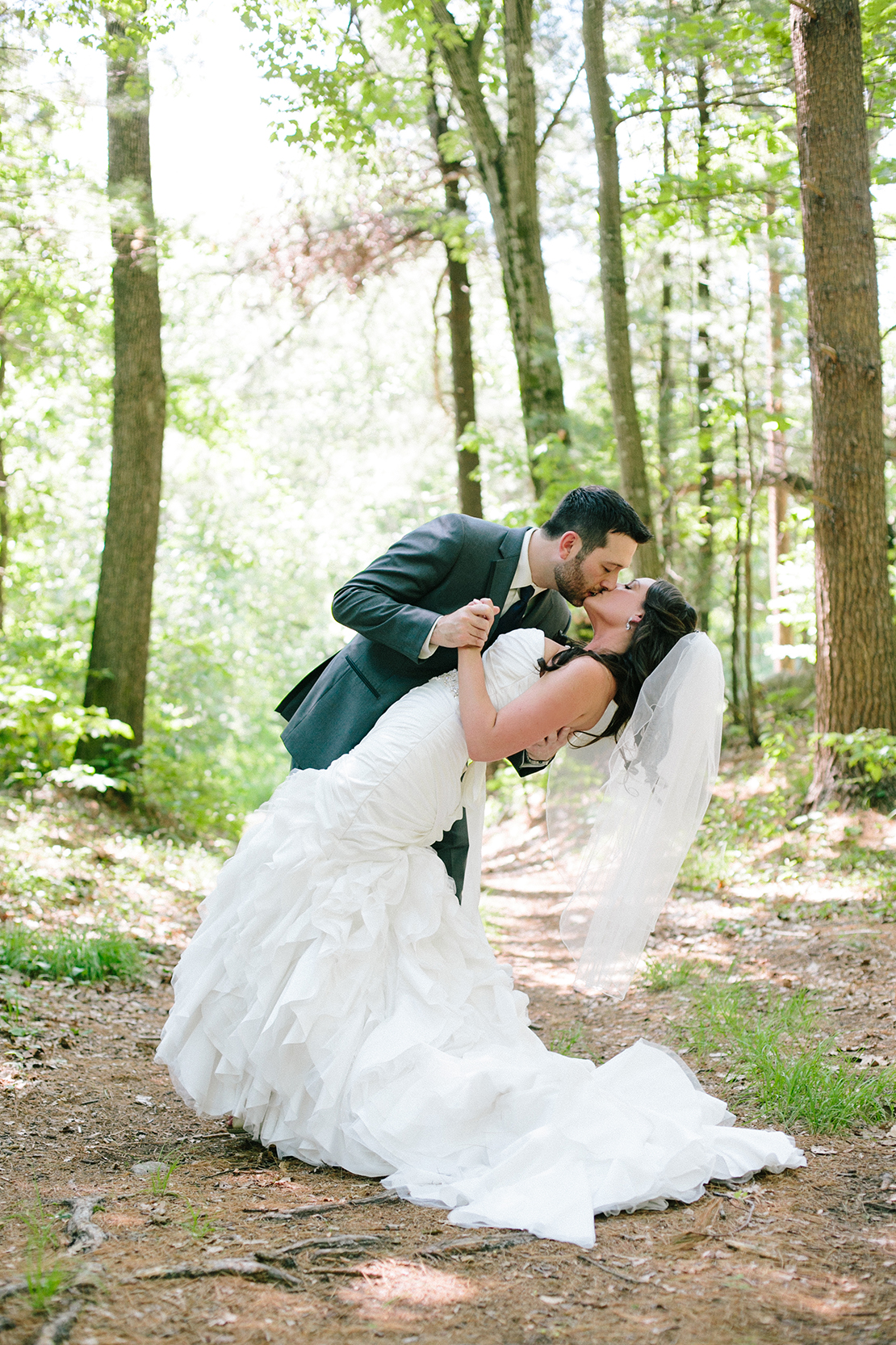 Pelham_new_hampshire_woods_wedding_photography