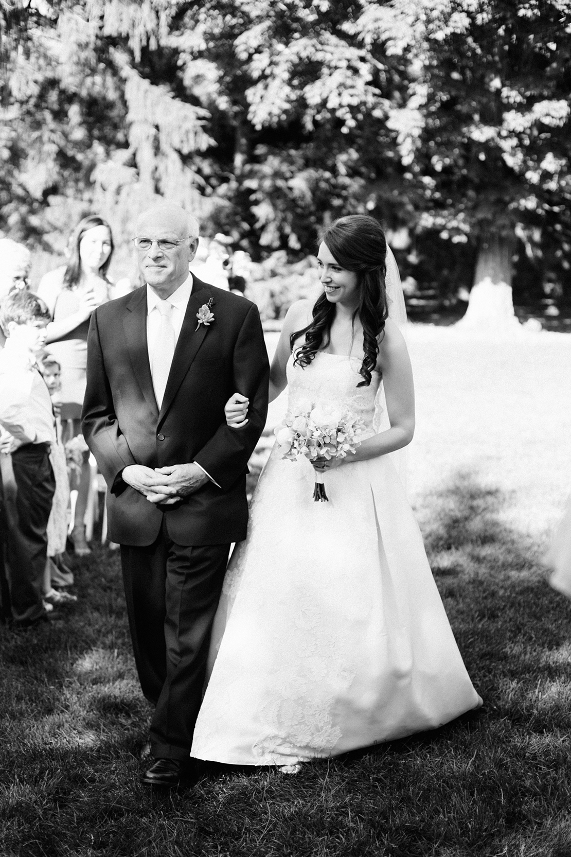 19_father_walking_bride_down_aisle_wellesley_wedding