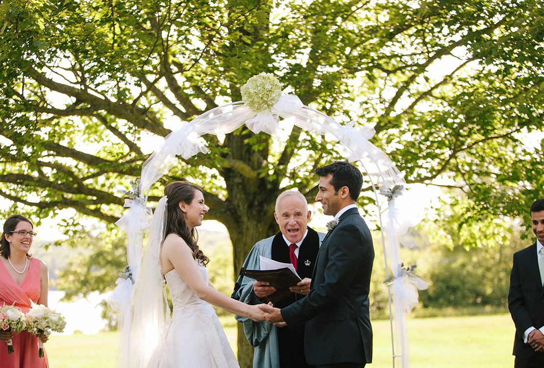 29_Wellesley_Wedding_outdoor_ceremony