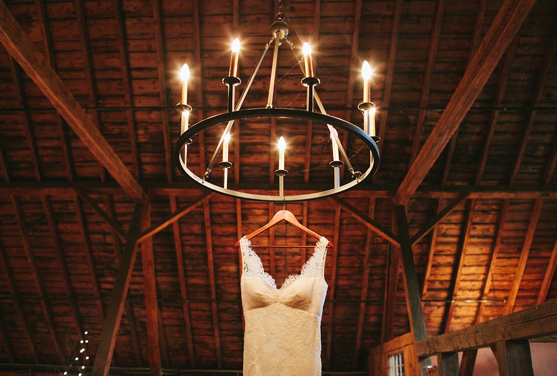 01_lace_wedding_dress_Barn_at_lang_farm_burlington_vermont_wedding_photography