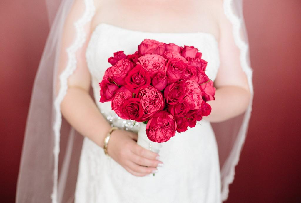 20_heidi_vail_Photography_boston_wedding_red_roses