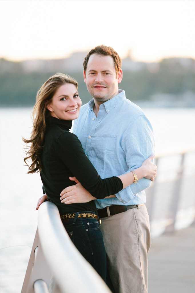 21_heidi_vail_photography_NYC_upper_west_side_pier_engagement_session