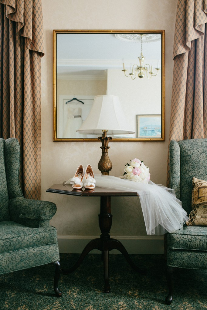 34_heidi_vail_wedding_photography_salem_hawthorne_hotel_details
