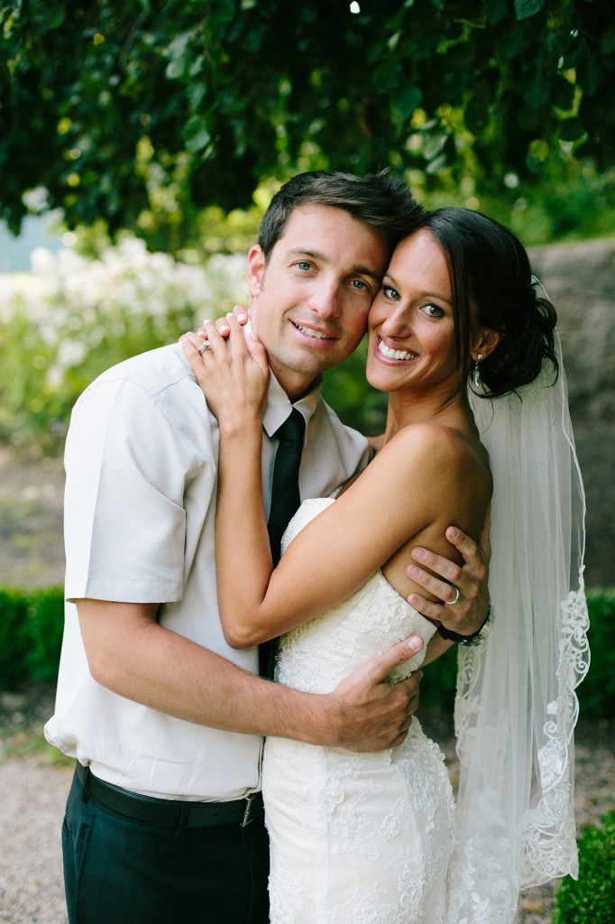 37_heidi_vail_wedding_photography_falmouth_highfield_hall_garden