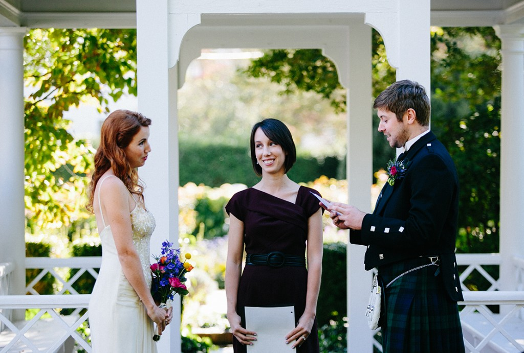 38_heidi_vail_photography_Falmouth_historical_society_scottish_wedding_vows