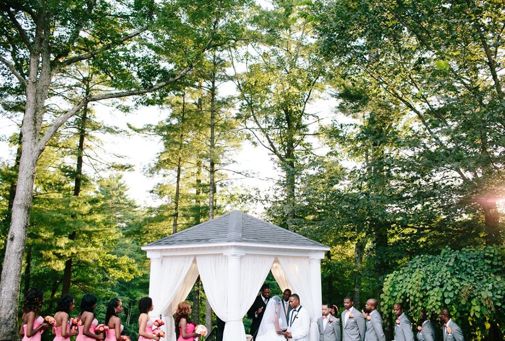 46_heidivail_lakeview-pavillion_Bright_summer_wedding