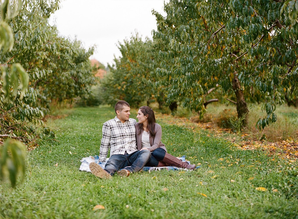 06_Heidi_Vail_Photography_engagement_session_apple_orchard_north_andover_smolak_farms_massachusetts