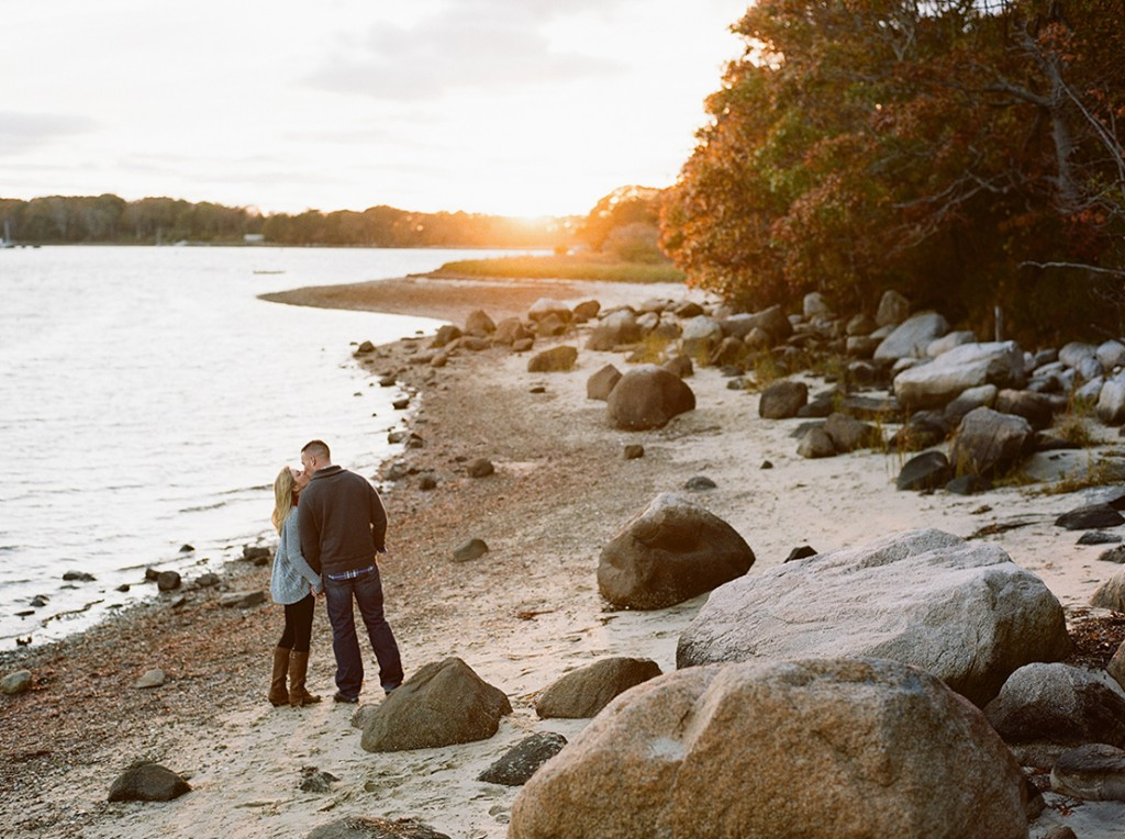 07_rocky_beach_falmouth_wedding_photographer_engagement_session