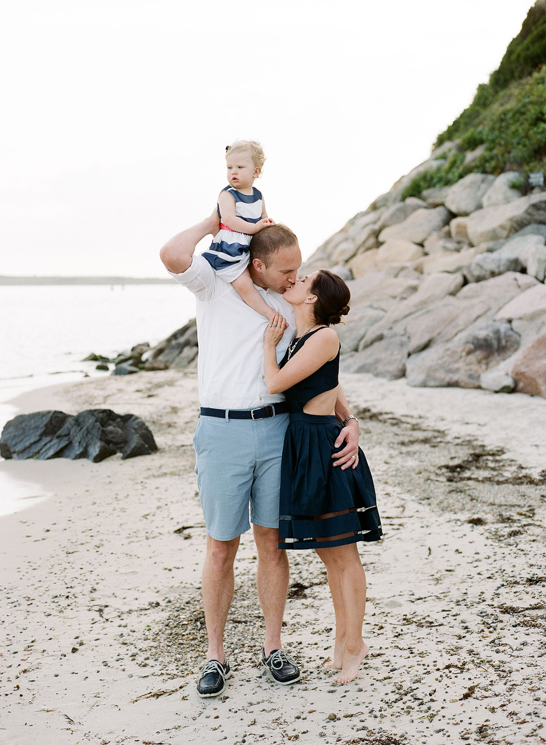 nobska_family_portrait_session_cape_cod_photography_nautical