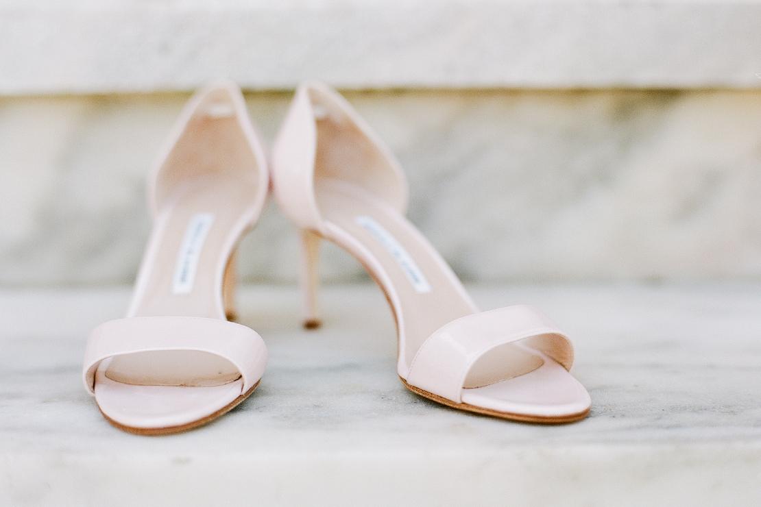 03_manolocblahnik_blush_pink_wedding_shoes