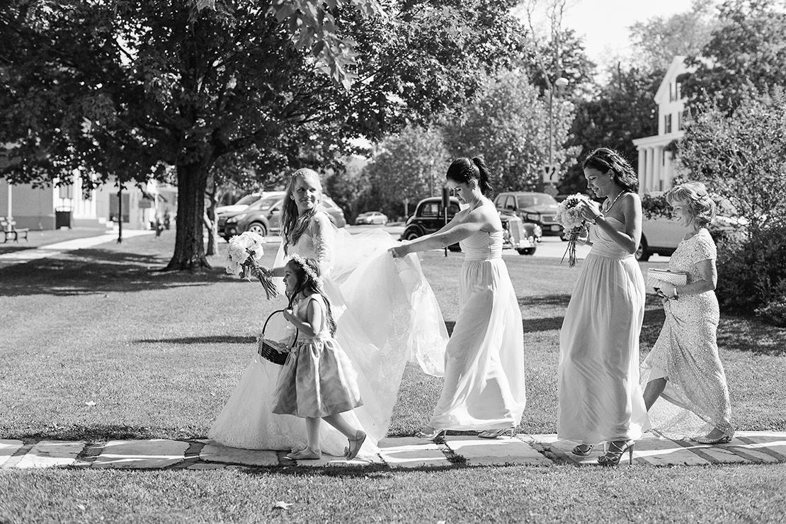 10_Manchester_Vermont_Wedding_bridesmaids