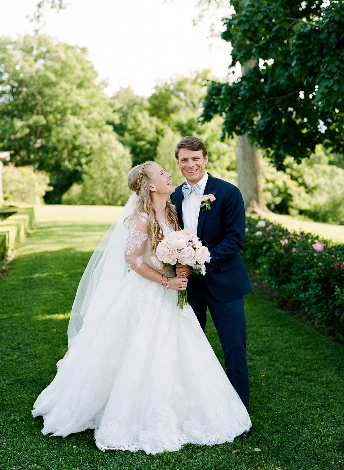 18_Hildene_Manchester_vermont_wedding_monique_lhuilier_gown