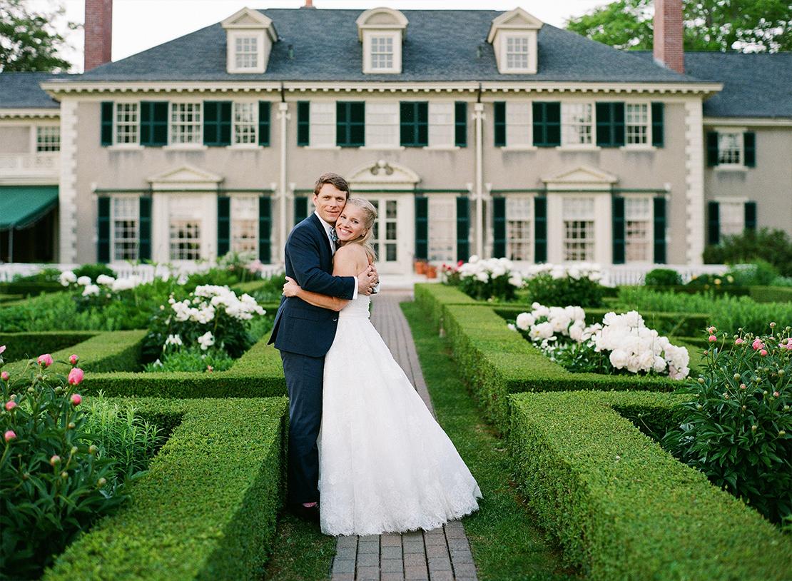 35_Hildene_Manchester_Vermont_garden_wedding_new_england_bride_Heidi_Vail_Photography