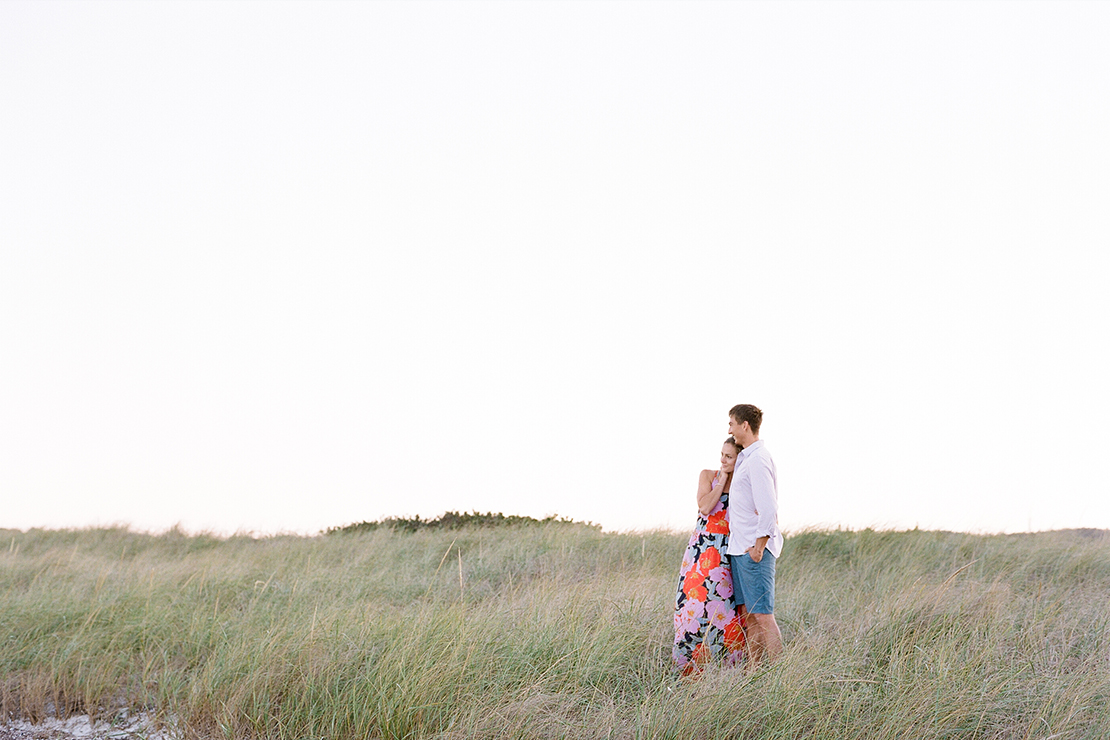 04_seagrass_engagement_session_cape_cod_beach_photography