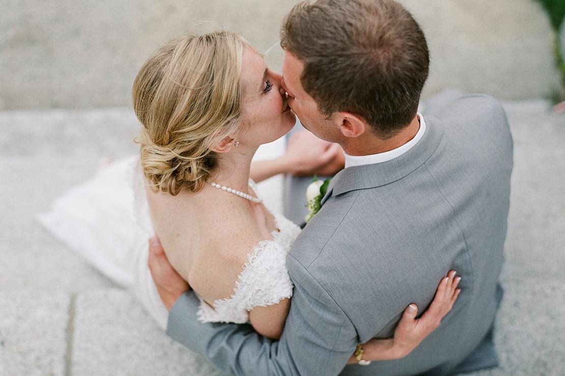 34_kiss_pilgrim_monument_steps_provincetown_wedding