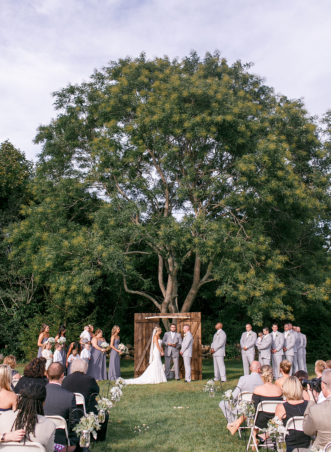 19_bourne_farm_wedding_ceremony_outdoor_barn_cape_cod_photography