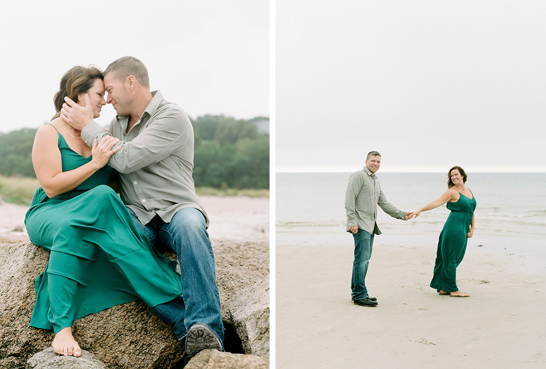 09_Florida_film_wedding_photographer_heidivail_cape_cod_engagement_session_old_silver_beach
