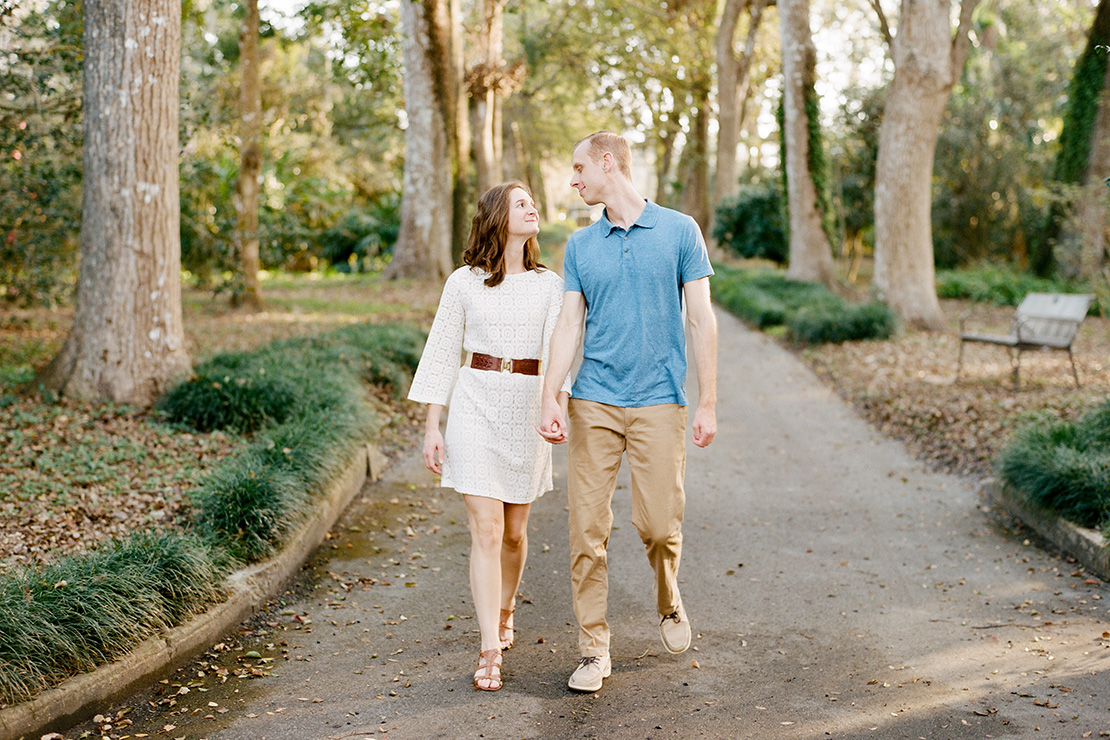 03_Engagement_Session_Leu_Gardens_Orlando_Florida_Film_wedding_photographer_heidi_vail