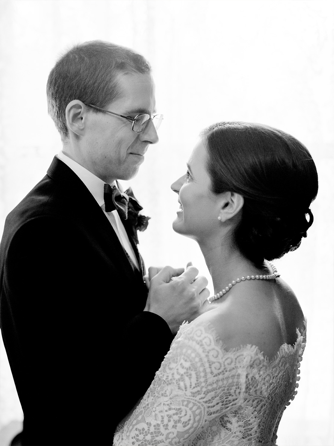 12_bride_groom_black_and_white_portrait
